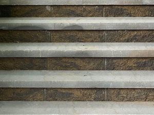Summit blend manor stone steps with gray caps